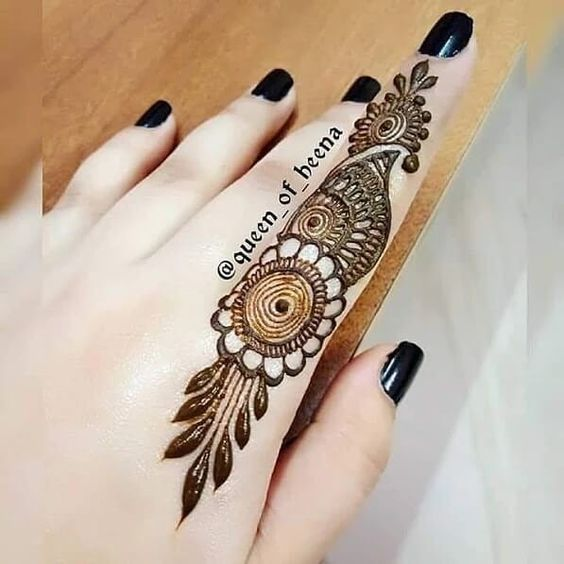 easy henna designs for fingers intricate pattern