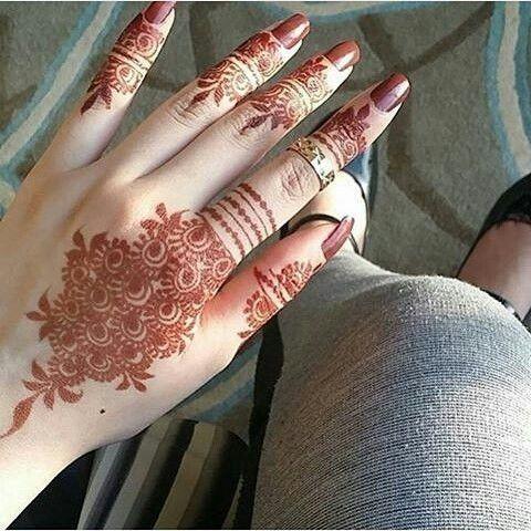 basic hand henna design floral patterns
