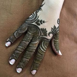 mehndi designs for Eid for fingers intricate work