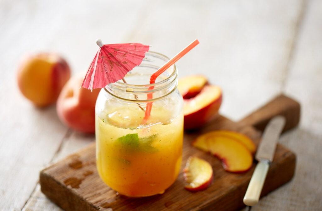 fruity summer refreshing drinks peach fizz