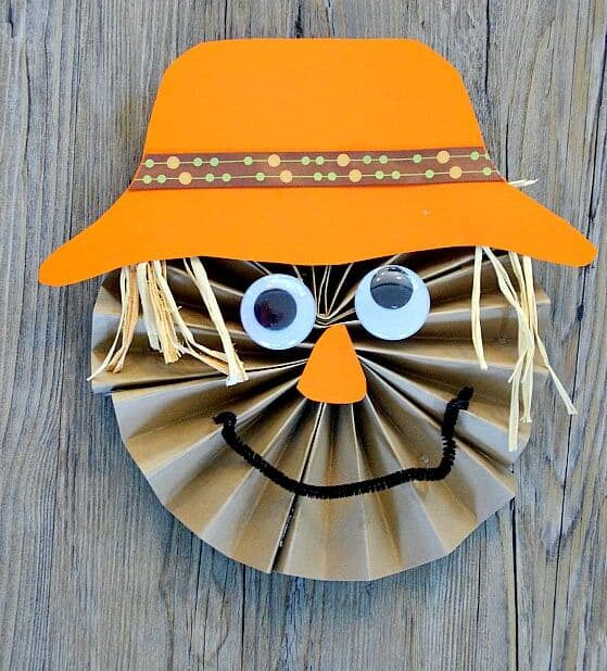easy paper craft for kids scare crow