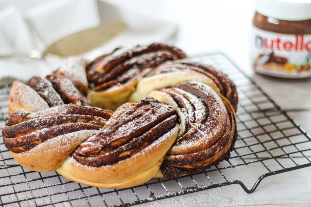 easy nutella recipes for breakfast twisted bread